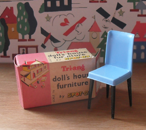 Dining Room Chair with Box 1001