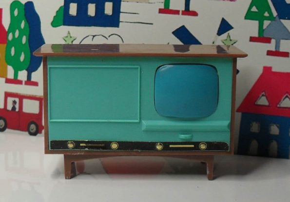 Jenny's Home TV Console JH2022