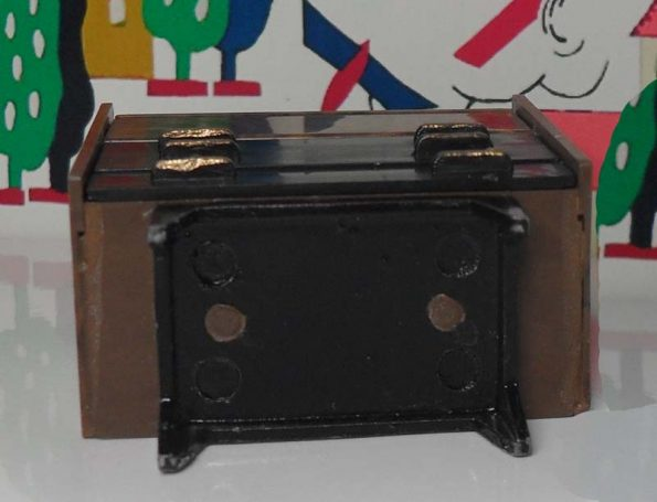 Triang Writing Bureau 1021