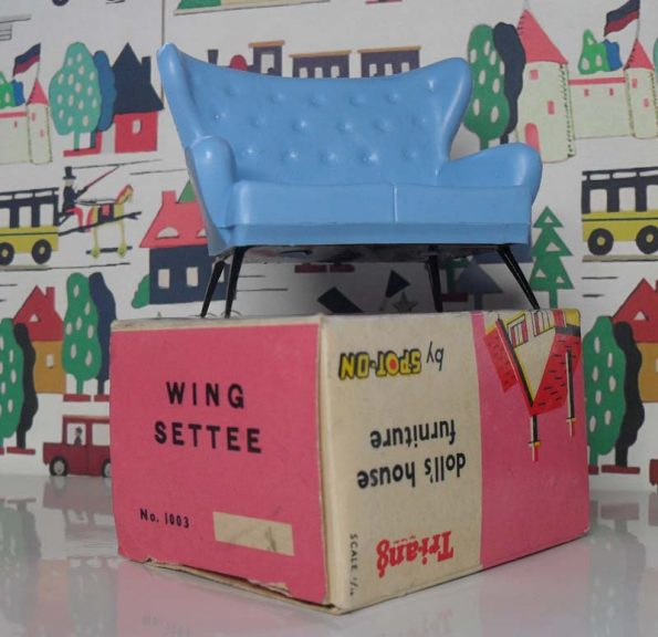 Triang Wing Settee with box 1003