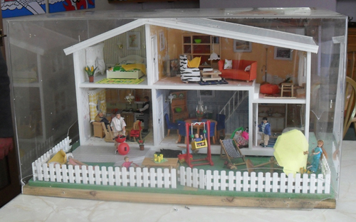 Lundby Display Case